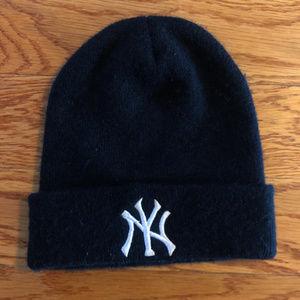 New York Yankees Ski Hat MLB Baseball Winter Snow